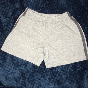 Size-3T shorts